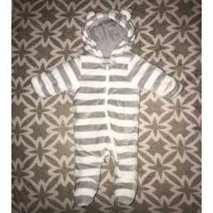 Other - 💕4 for $21💕 Unisex Baby Hooded Footies